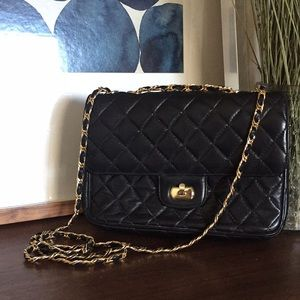 VINTAGE Leather Quilted Chain Strap Crossbody Bag